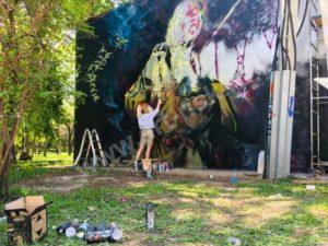 Граффити – микстура от унынья. Юлия Старкова и Graffiti Arena при поддержке администрации Гостиница Центральная.