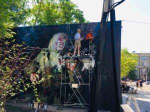 Ветеран со скрипкой. Роспись стены в самом центре Новосибирска. Подарок городу на 75-летия Победы в Великой Отечественной войне